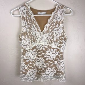 CAbi sleeveless lace size medium